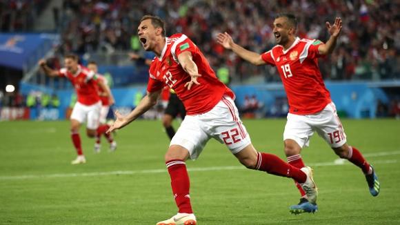 Дзюба направи класика в мача Русия - Египет