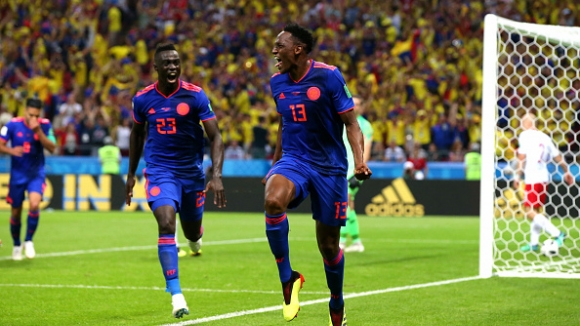 Йери Мина изведе Колумбия напред