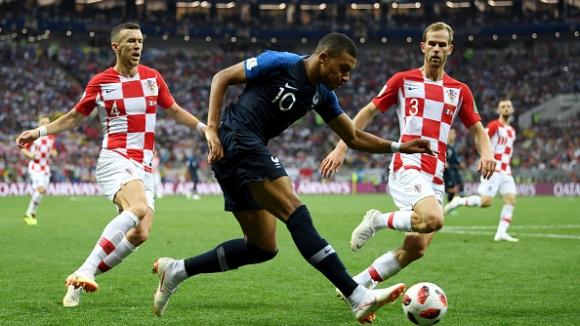 Звездата М'бапе довърши Хърватия с четвърти гол