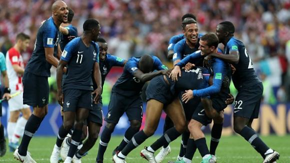 Огромна радост за Франция след последния съдийски сигнал във финала