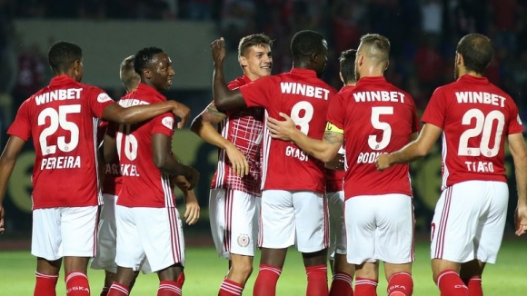 ЦСКА-София спечели срещу Ботев (Враца) с 2:0, Божинов с автогол и изпусната дузпа