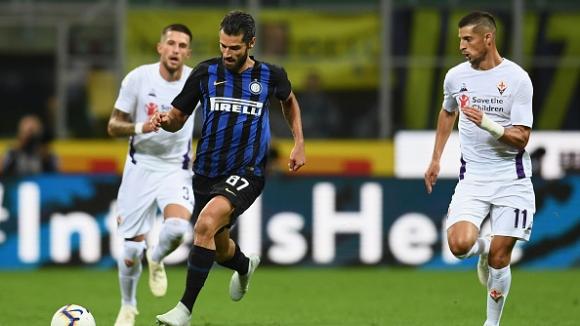 Интер сломи Фиорентина с 2:1 и продължи изкачването си в Серия А
