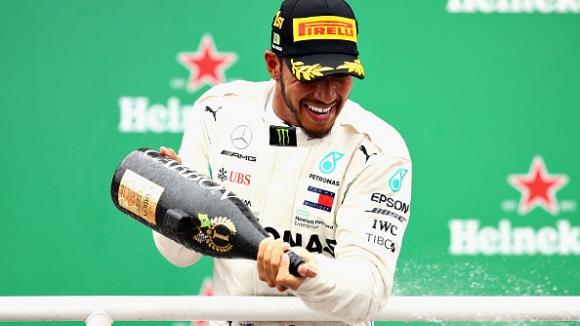 Хамилтън спечели и Гран При на Бразилия