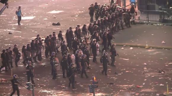 Безредици в Буенос Айрес след победата на Ривър Плейт