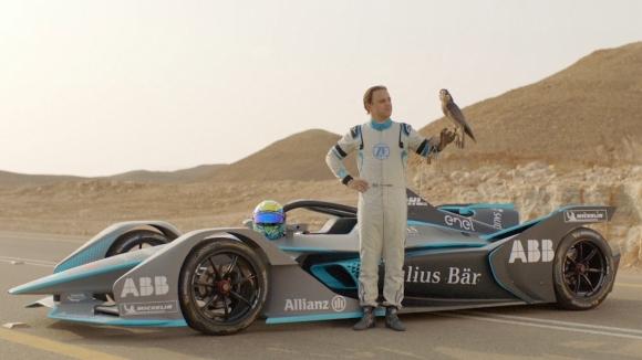 Фелипе Маса се надпреварва с най-бързото животно на планетата