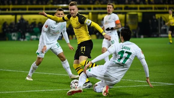 Борусия Дортмунд е вече с 9 точки преднина на върха в Германия
