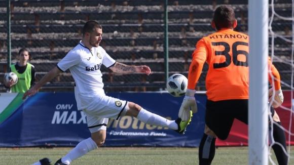 Нов гол на Кирилов в 92-та минута донесе обрат за Славия срещу Черно море