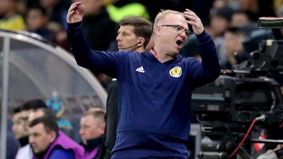 Алекс МакЛийш вече не е треньор на Шотландия
