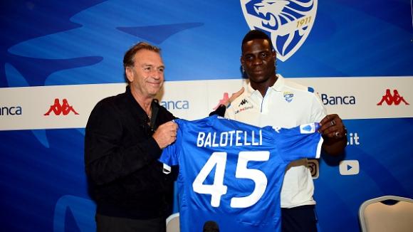 Марио Балотели бе представен официално в новия си отбор