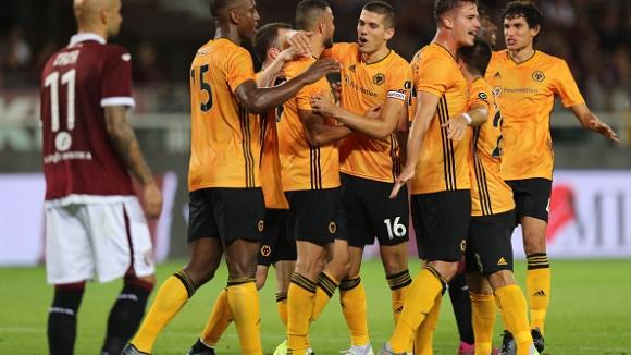 """""""Вълците"""" са все по-близо до групите на Лига Европа след успех в Торино"""