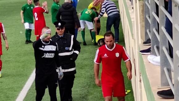Футболист в Малта преби съдия