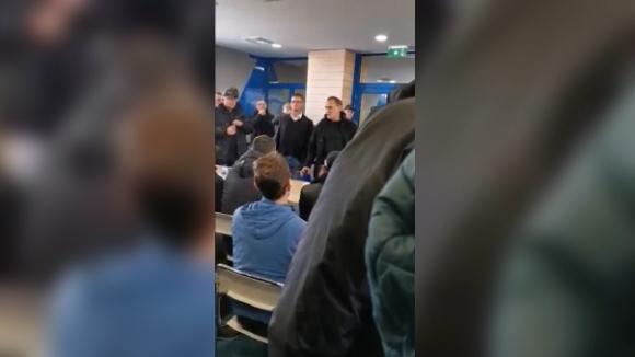 Вижте част от изказването на Васил Божков пред феновете на Левски