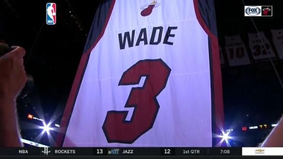 Маями извади от употреба №3 в чест на Дуейн Уейд