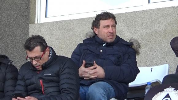 """Велислав Вуцов също е на трибуните на стадиона в """"Овча Купел"""""""