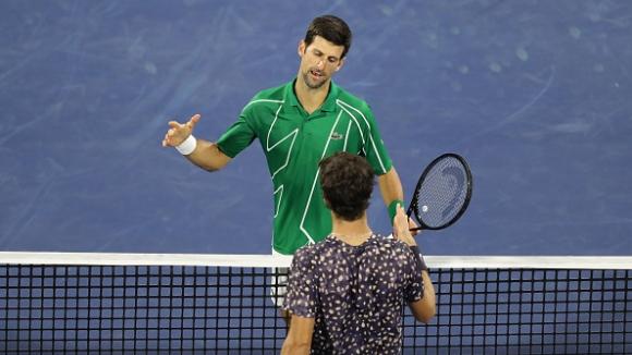 Джокович достигна до полуфиналите в Дубай