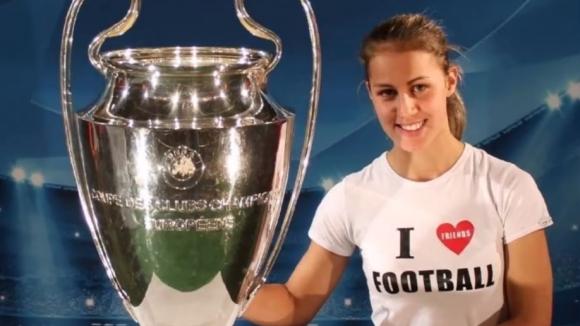 Футболистката Симона Петкова с песен за коронавируса