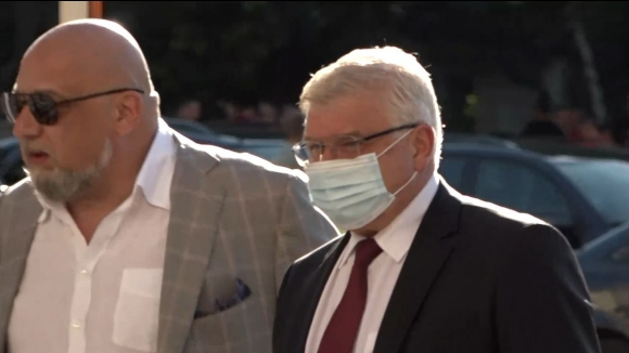 Министрите Кралев и Ананиев пристигнаха на Националния стадион