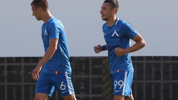 Левски поведе в Столичното дерби с гол на Станислав Иванов