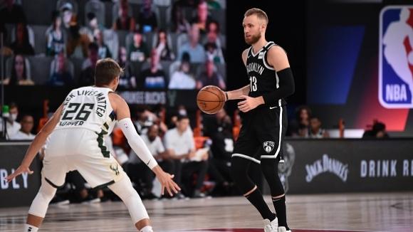 Бруклин прекърши Милуоки в исторически мач