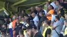 Крушарски сред феновете на канарите след загубата в дербито