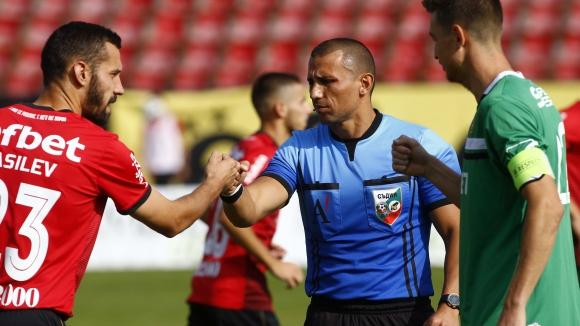Локо (Сф) поведе срещу Литекс с гол на Илиян Стефанов