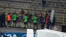 Илиан Илиев и футболистите на Черно море се радват заедно с феновете си след победата на Герена