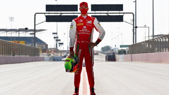 Фамилия Шумахер се завръща във Формула 1