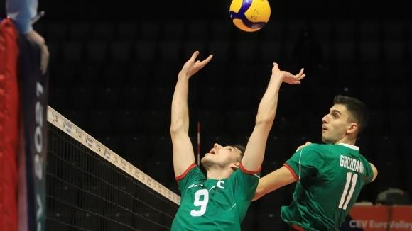 България се справи и с Израел в странен мач