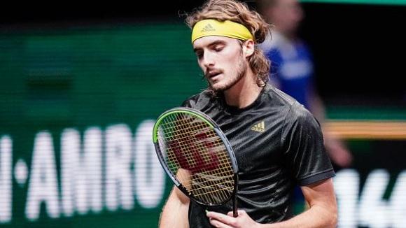 Циципас достигна до четвъртфиналите в Ротердам
