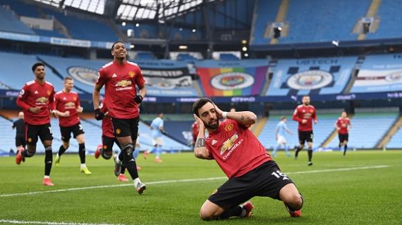 Юнайтед сложи край на уникалната серия на Сити след победа с 2:0